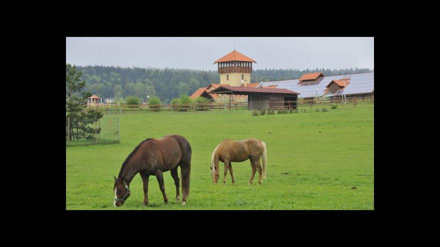 Video Vstup Barbory Lukšové k olšanské farmě
