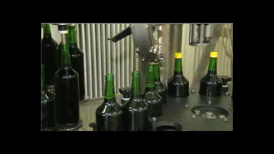 Video Na Semilsku zřejmě zabíjel metanol