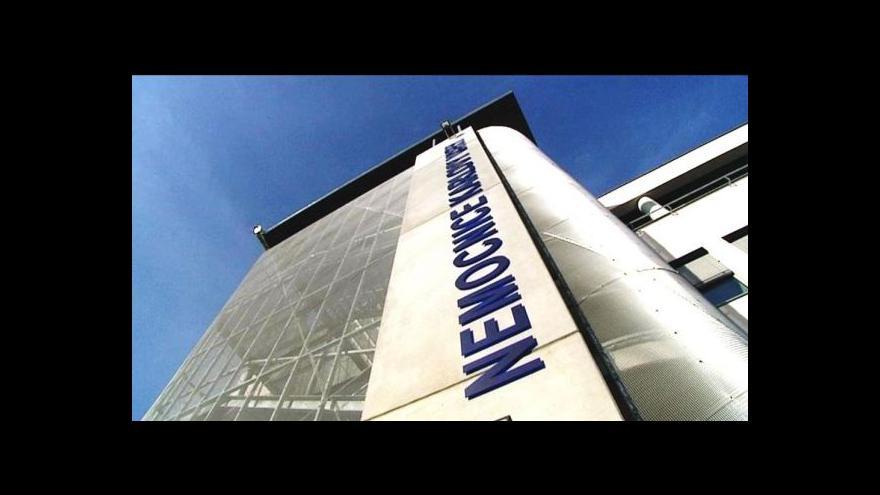 Video Za pokutu ŘSD a karlovarské nemocnici jsou odpovědní manažeři