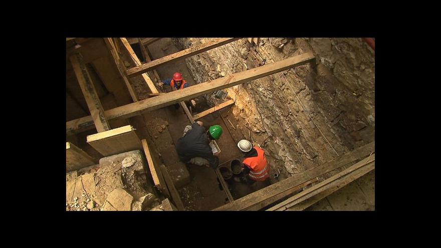Video Archeolog Jiří Militký o nálezu české mince v Izraeli