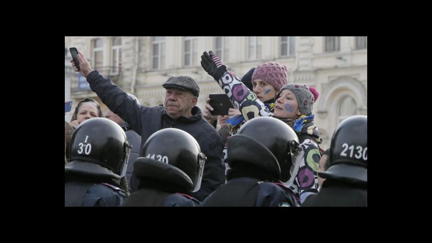 Video Protesty v Kyjevě pokračují