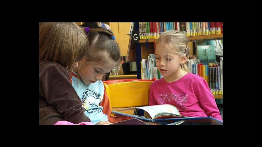 Video Jakou knížku dětem pod stromeček?