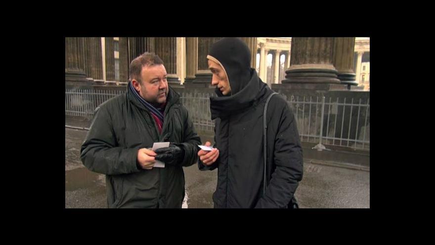 Video Rozhovor M.Karase s mužem, který se přibil na Rudé náměstí