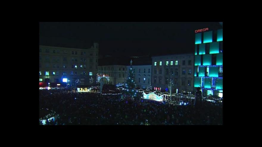 Video No comment: Rozsvícení vánočního stromu