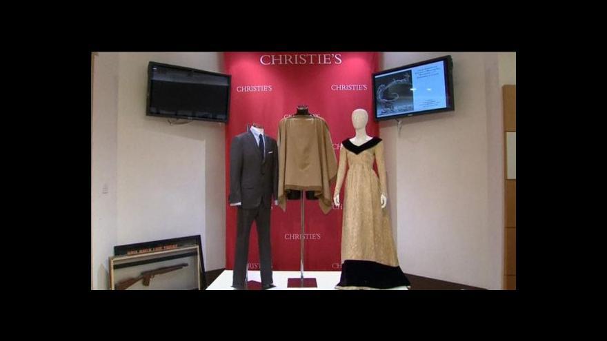 Video Síň Christie's draží filmové a hudební předměty