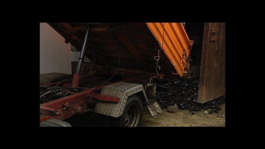 Video Události o kontrolách prodejců uhlí