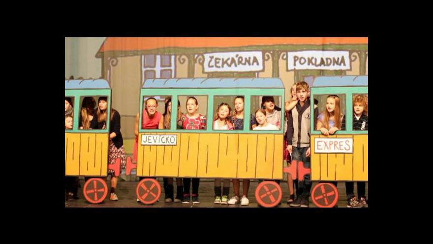 Video Dětská opera Jedeme vlakem
