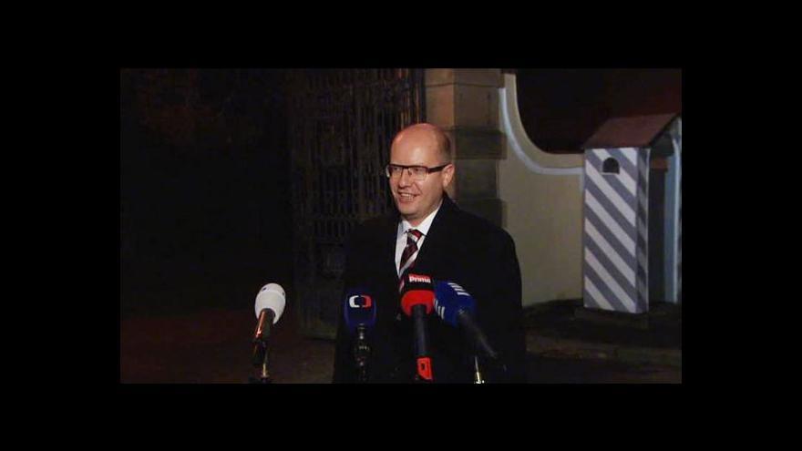 Video Brífink předsedy ČSSD Sobotky po jednání u prezidenta