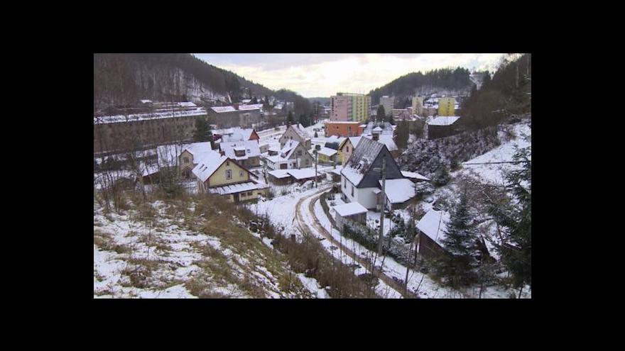 Video Na horách nestihli před zimou opravit cesty zničené povodněmi