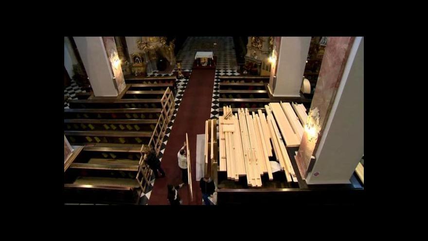 Video Švýcarské varhany dorazily do Brna