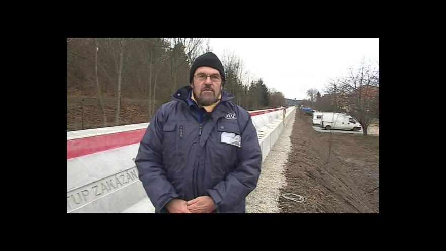 Video Výhody clony popisuje expert na hluková měření Jan Hlaváček