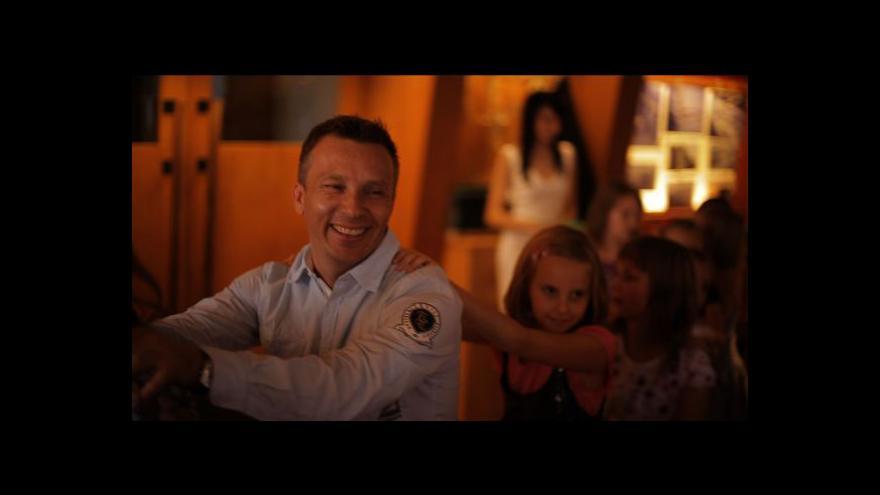 Video Dokument Show! odkrývá fungování šoubyznysu