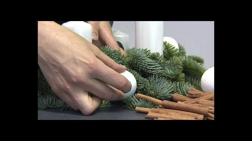 Video Floristka Jitka Daňková o módních adventních věncích