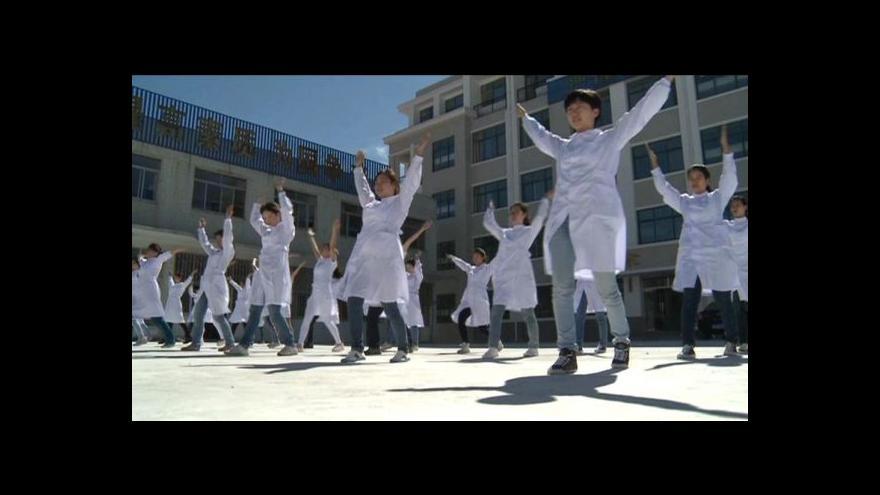 Video Čínské zdravotní sestry míří do Evropy
