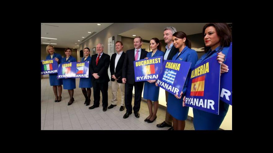 Video Ryanair se vrací na pražské letiště