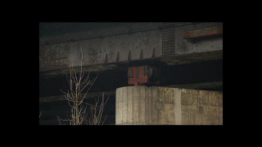 Video Tomáš Vzorek a Jiří Loučka o krádeži části mostu