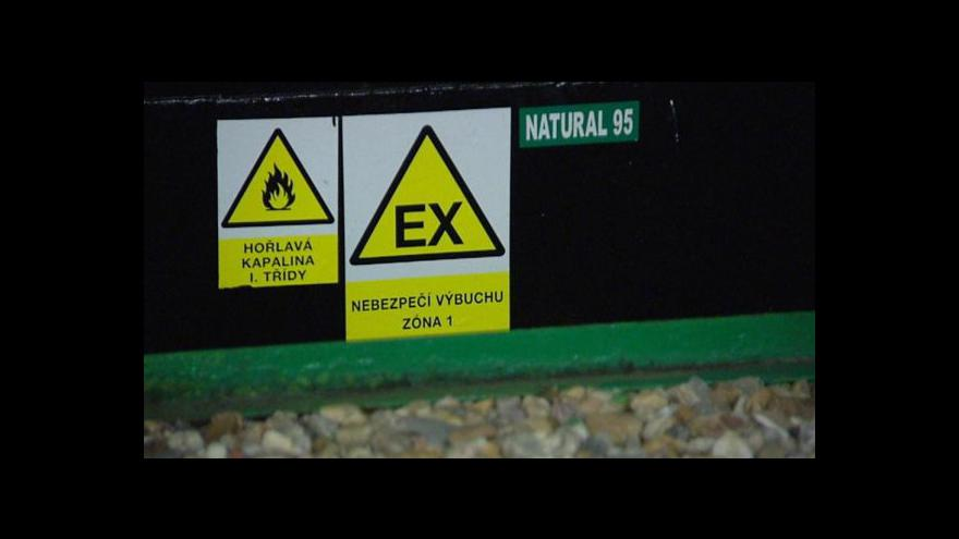 Video Zátah na obchodníky s pohonnými hmotami
