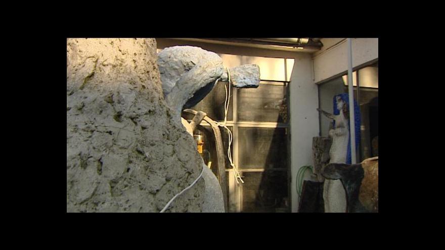 Video Stěhování soch Olbrama Zoubka