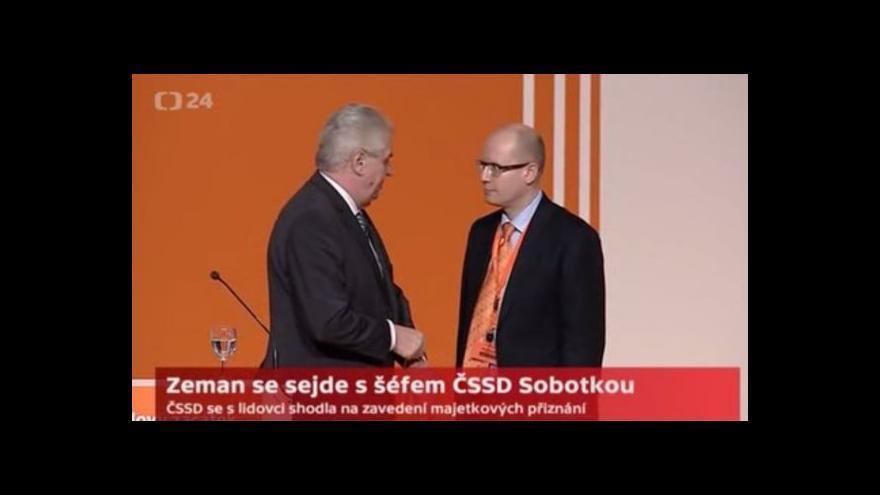 Video Prezident Zeman se poprvé setká s předsedou ČSSD Bohuslavem Sobotkou