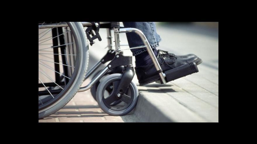 Video Zeman nezamýšlel slovy o vozíku nikoho urazit