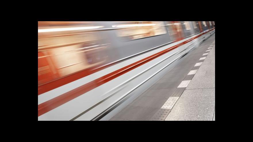 Video Seznamovací vagon metra má premiéru za sebou