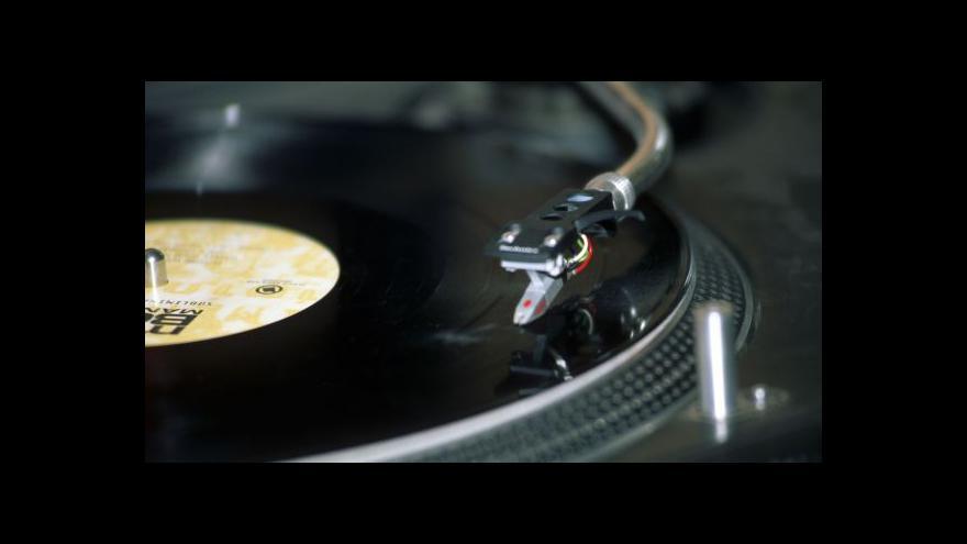 Video Obliba gramofonových desek roste