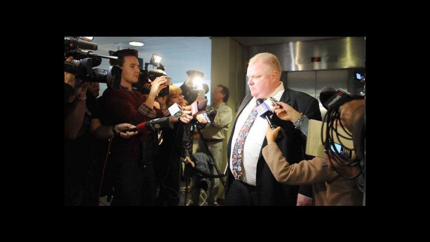 Video Problémový starosta Toronta jde z průšvihu do průšvihu