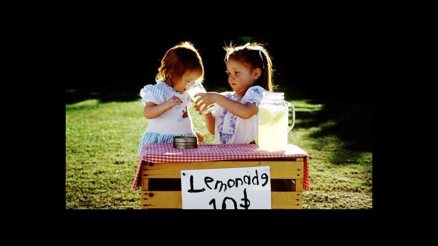Video Zdanění sladkých limonád