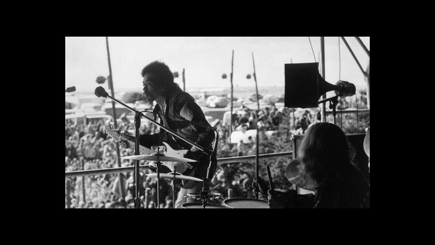 Video Americká televize odvysílá nový dokument o Hendrixovi
