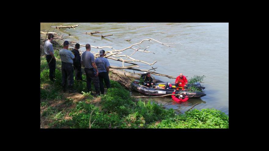 Video No comment: Pátrací akce po utonulých vodácích