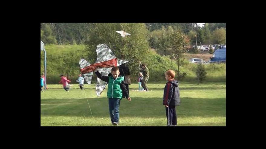 Video V Příbrami vzlétli draci