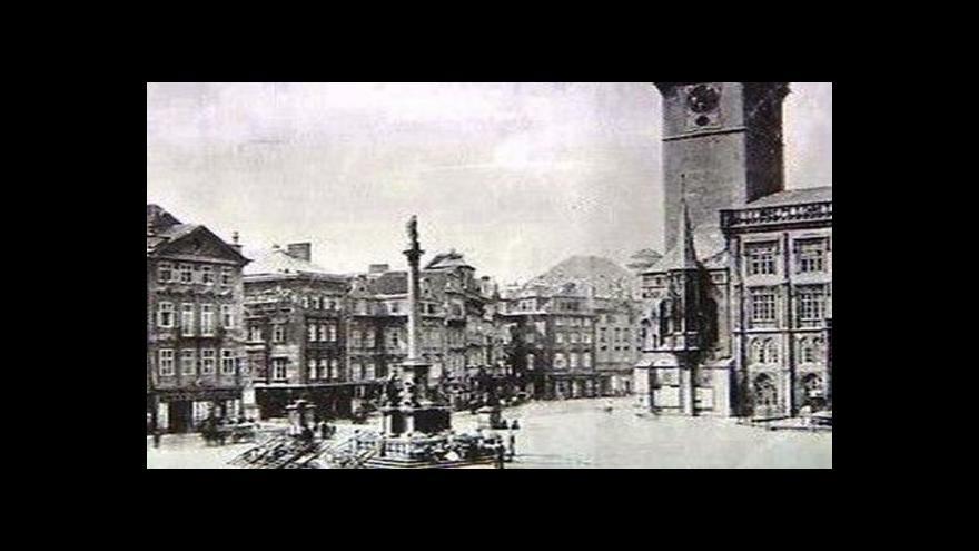 Video 95 let od stržení Mariánského sloupu