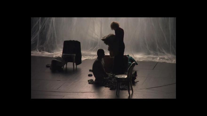 Video NO COMMENT: Ukázka z představení Nora v Redutě