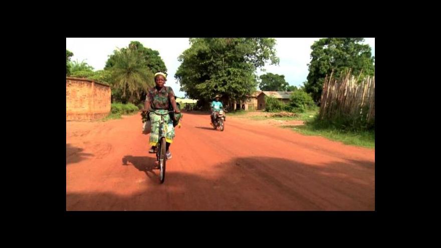 Video Ugandská jeptiška se postavila brutálnímu teroru armády