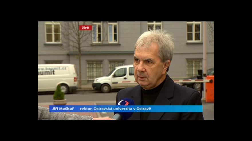 Video Rozhovor s rektorem Jiřím Močkořem