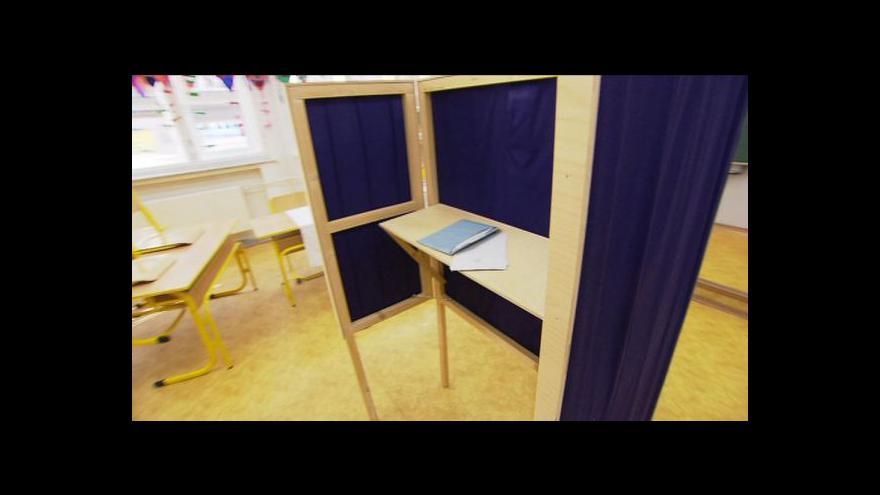 Video Začínají volby do Poslanecké sněmovny
