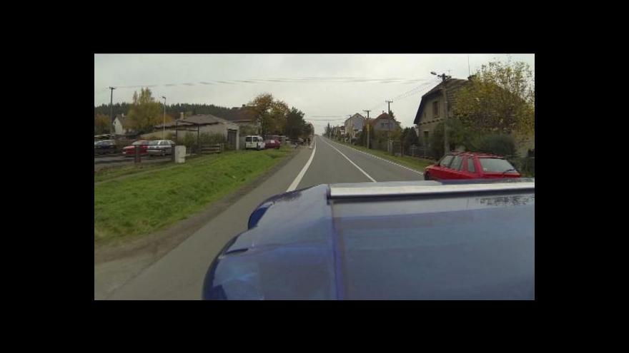 Video Lucie Pelanová o řidičích-záchranářích