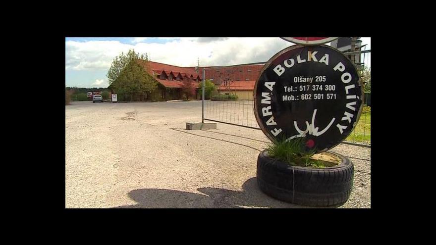 Video Dražba farmy Bolka Polívky