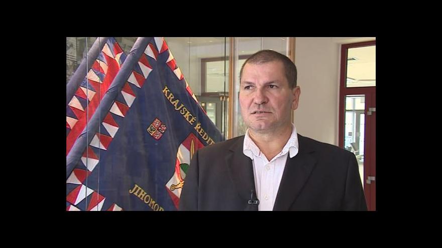 Video O případu ubitého bezdomovce hovoří kriminalista Antonín Hrdlička