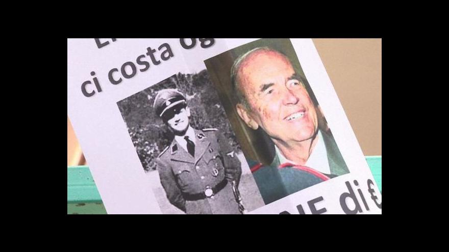 Video Bouřlivý pohřeb Ericha Priebkeho