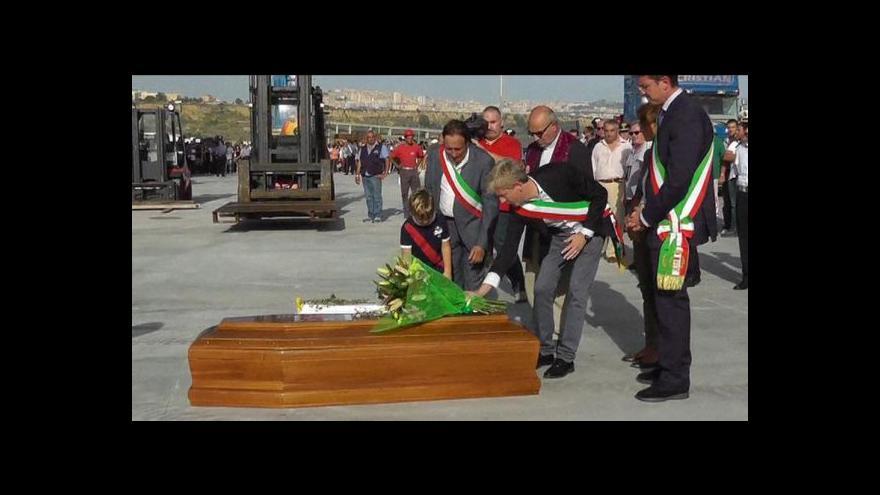 Video Itálie posiluje vojenské hlídky ve Středozemním moři