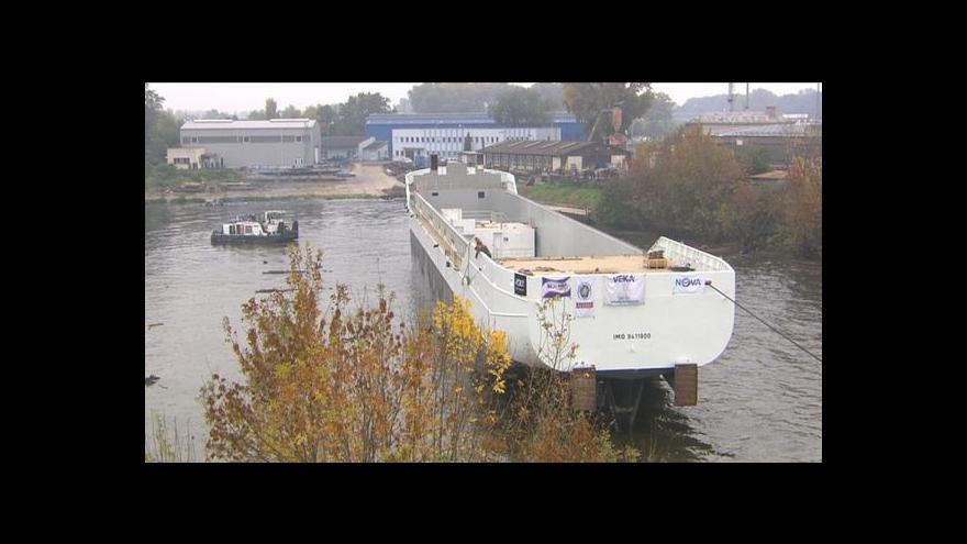 Video Lucie Rosí o nové lodi v Mělníku