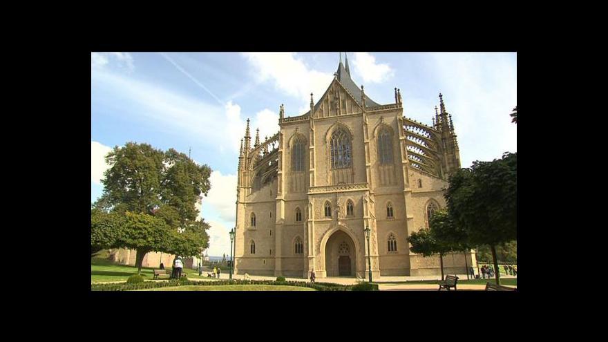 Video Lucie Rosí o zdržení rekonstrukce sv. Barbory