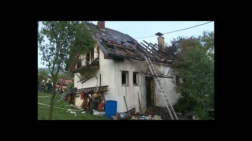 Video NO COMMENT: Likvidace požáru chaty ve Zlíně