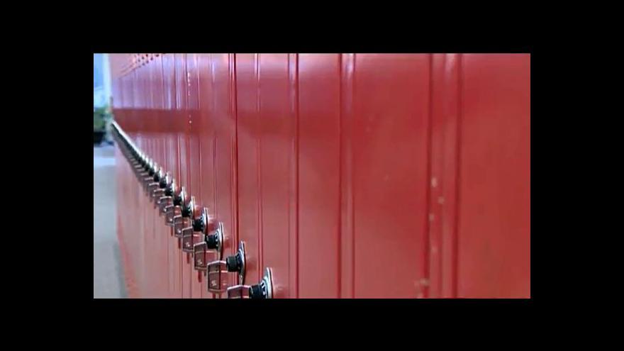 Video Oshkosh se snaží předcházet sebevraždám žáků