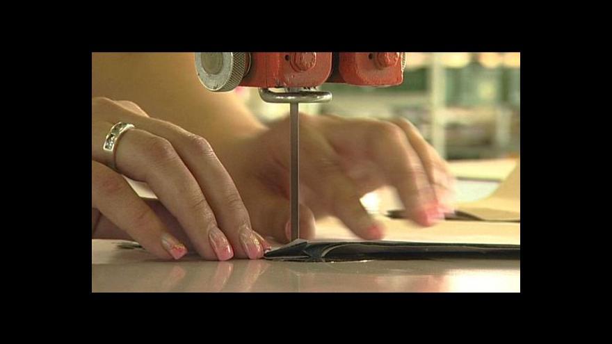 Video Česká spořitelna zažalovala dva bývalé správce zkrachovalého Oděvního podniku Prostějov