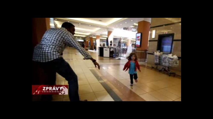 Video Keňské armádní složky zaútočily na nairobské obchodní centrum
