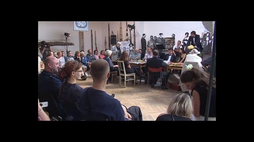 Video NO COMMENT: Den extáze v Divadle Husa na provázku