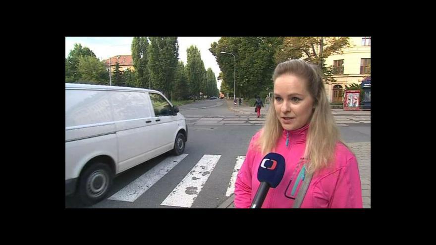 Video Petra Benešová bojuje za zřízení přechodu v Lesnické ulici