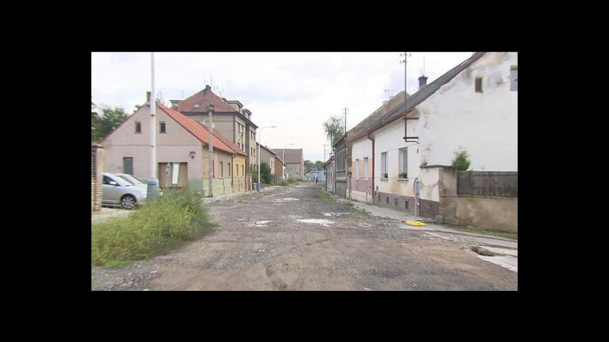 Video Lucie Rosí o opravě Velvarské ulice